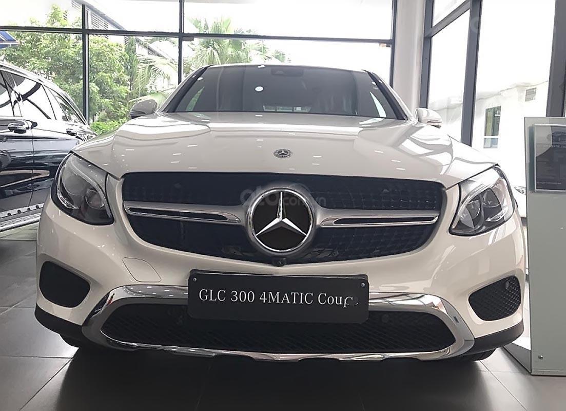 Bán Mercedes GLC 300 Coupe 4Matic sản xuất 2019, xe nhập, mới hoàn toàn (1)