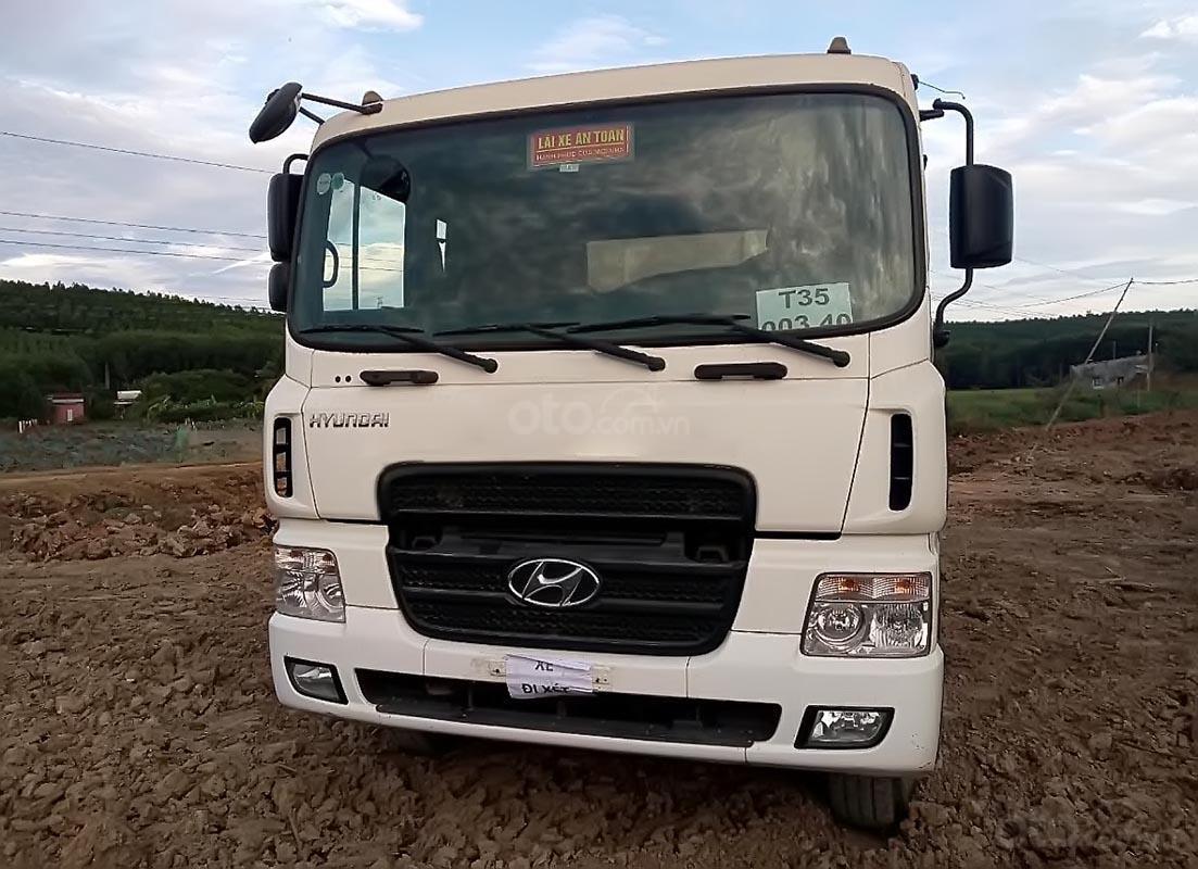 Cần bán Hyundai HD 270 đời 2014, màu trắng, nhập khẩu nguyên chiếc (1)