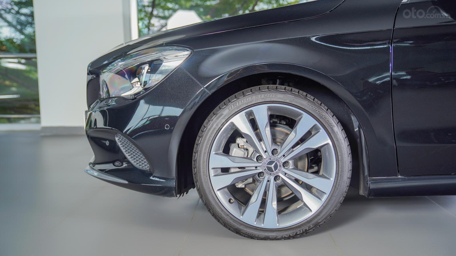 Bán Mercedes CLA 200 2017 cũ nhập khẩu, gía 1.459 tỷ, giảm 319 triệu (9)
