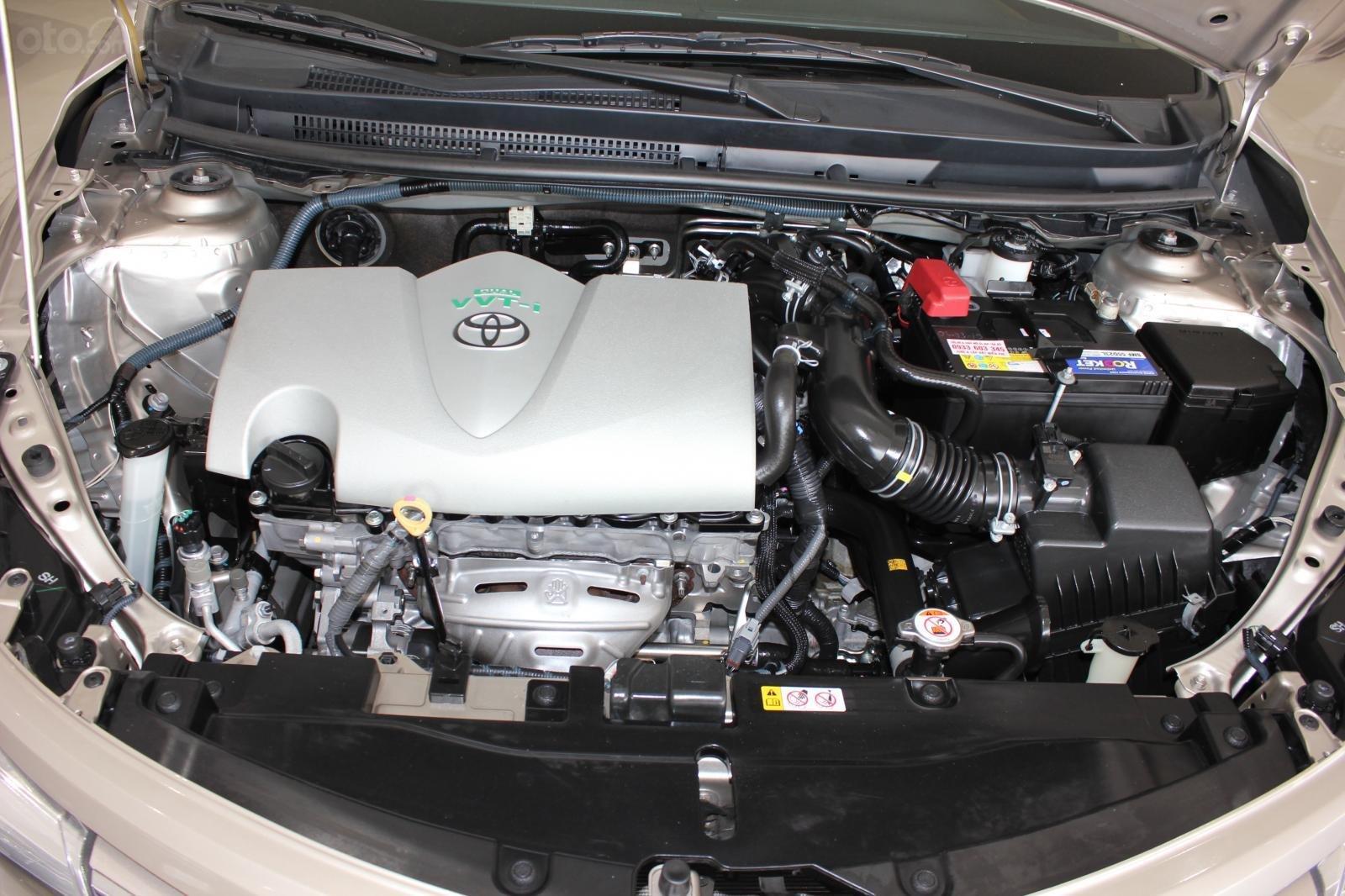 Cần bán Toyota Vios E đời 2017, màu bạc số tự động, 510 triệu (7)
