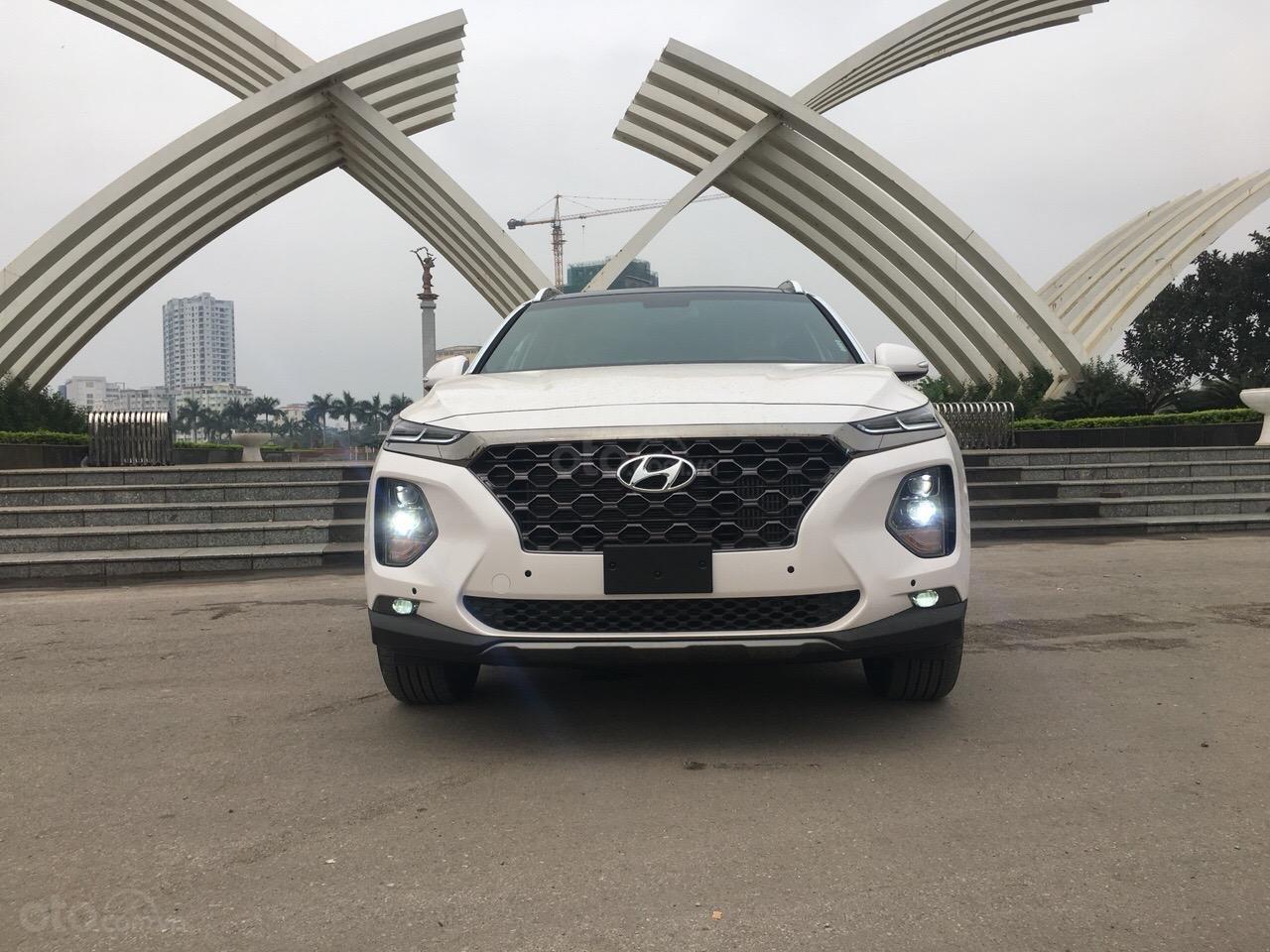 Bán Hyundai Santa Fe 2019 Premium, giá cực tốt cùng nhiều phần quà tặng hấp dẫn, sẵn xe giao ngay-0