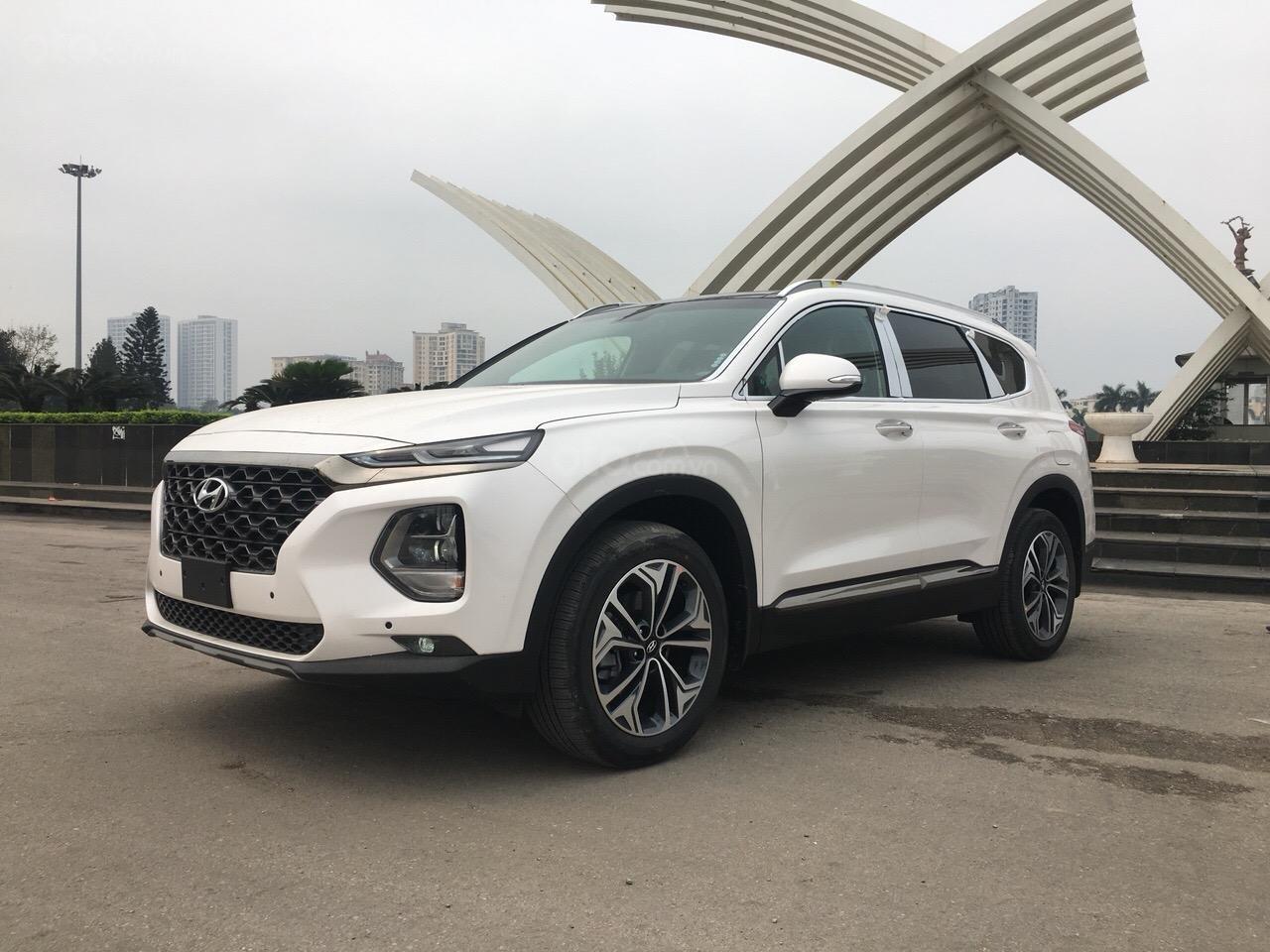 Bán Hyundai Santa Fe 2019 Premium, giá cực tốt cùng nhiều phần quà tặng hấp dẫn, sẵn xe giao ngay-2