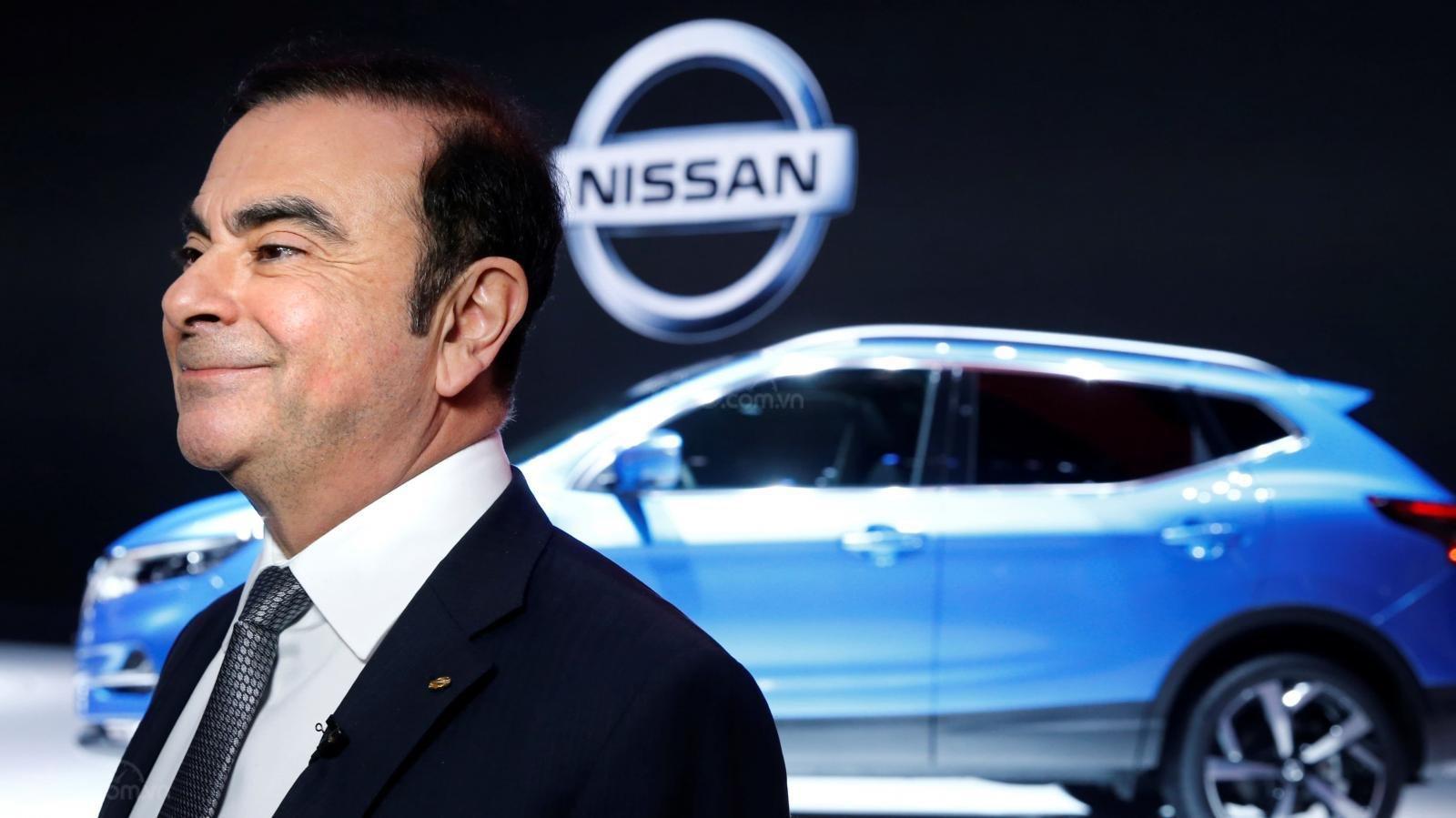 Lịch sử huy hoàng của Nissan - Gặp bất trắc