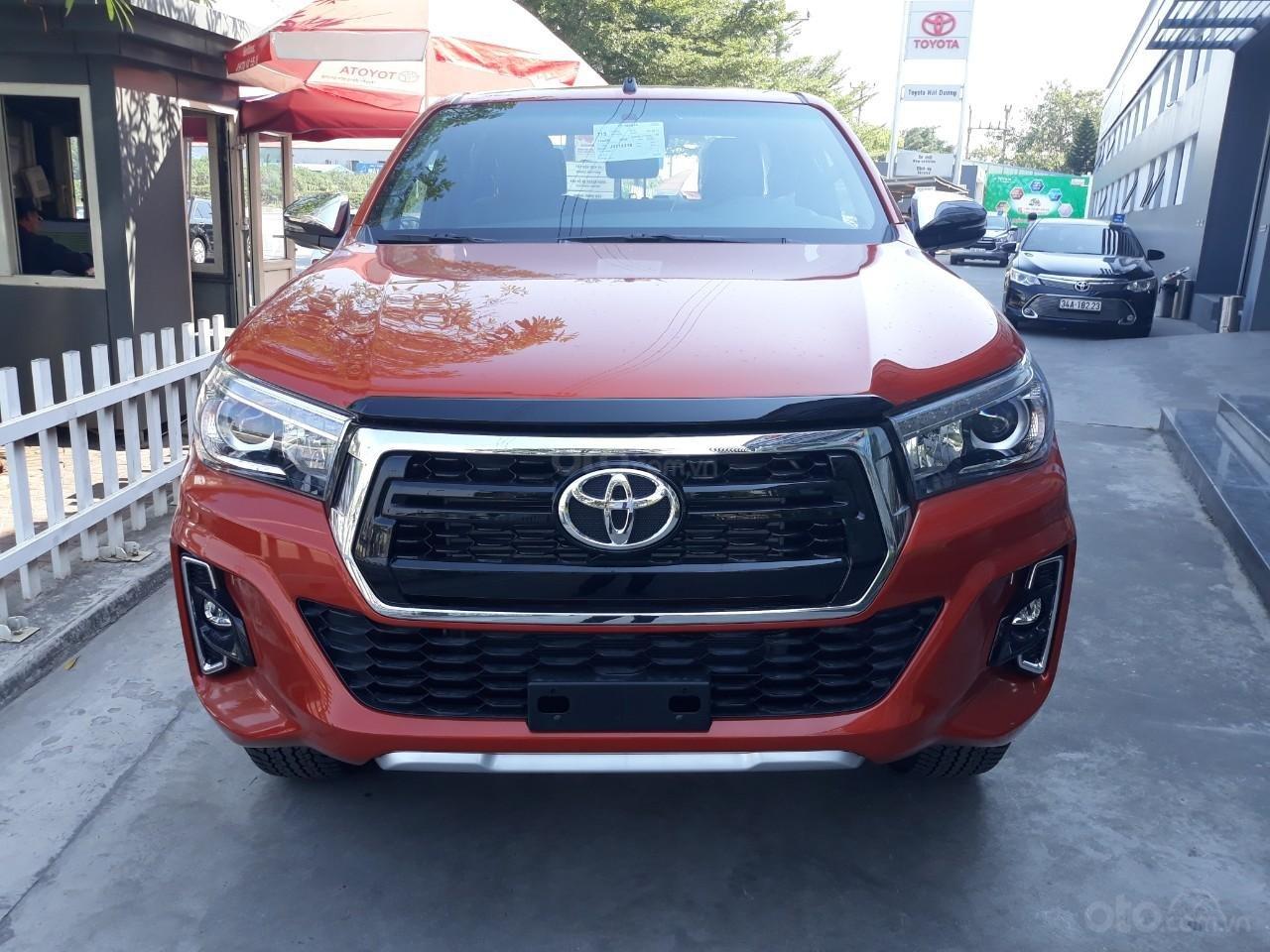 Bán Toyota Hilux tự động 2019 trả góp tại Hải Dương, hotline: 0976394666 Mr Chính (1)
