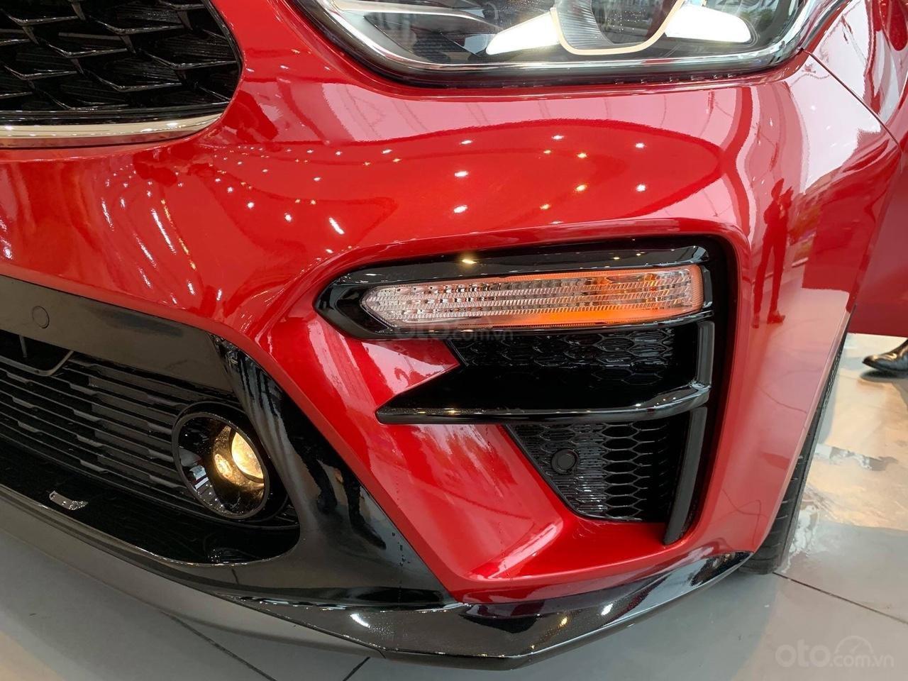 Kia Cerato 2019 nhiều ưu đãi, đủ màu, xe có sẵn và giao ngay, hỗ trợ trả góp 90%, liên hệ 093 317 0660-8