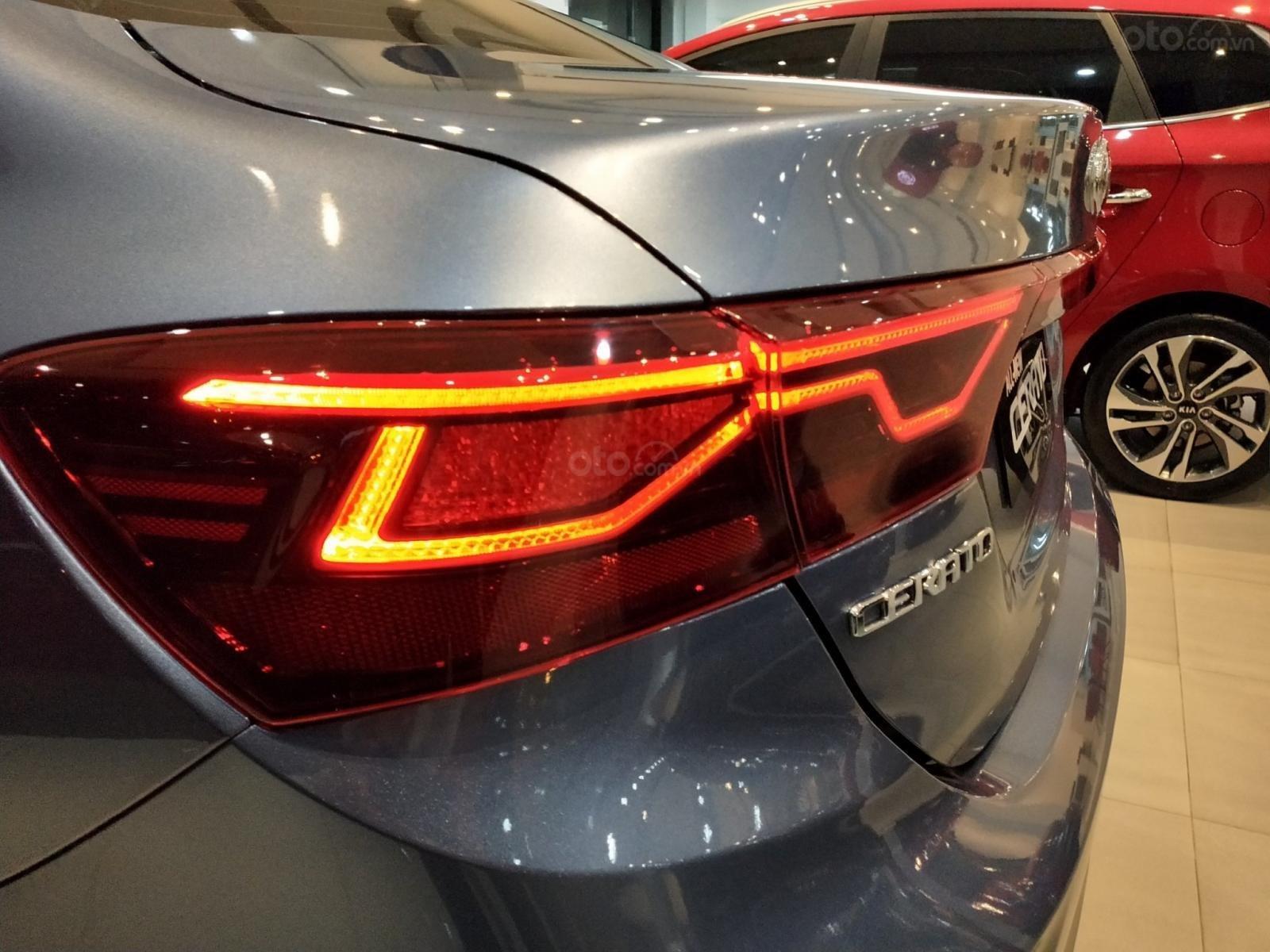 Kia Cerato 2019 nhiều ưu đãi, đủ màu, xe có sẵn và giao ngay, hỗ trợ trả góp 90%, liên hệ 093 317 0660-11