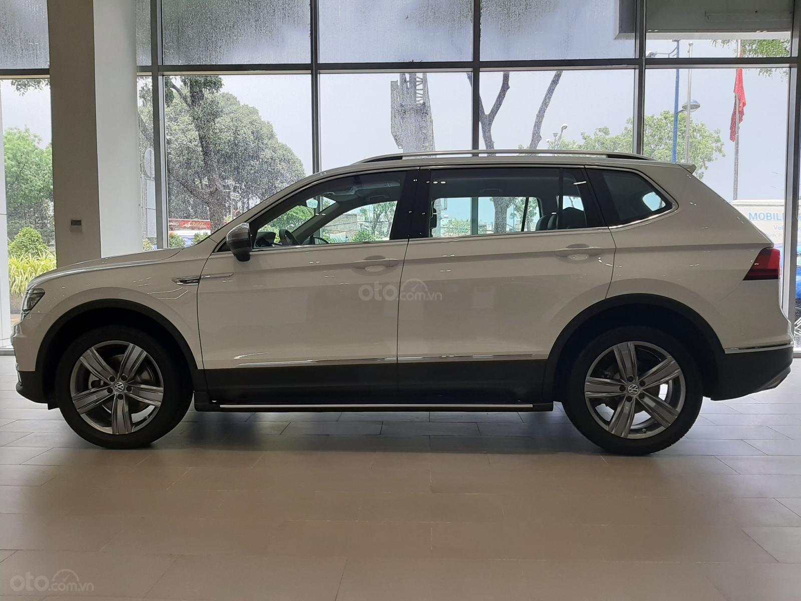 Bán Volkswagen Tiguan trắng ngọc trai 2019 - Hỗ trợ ngân hàng đến 85%-1