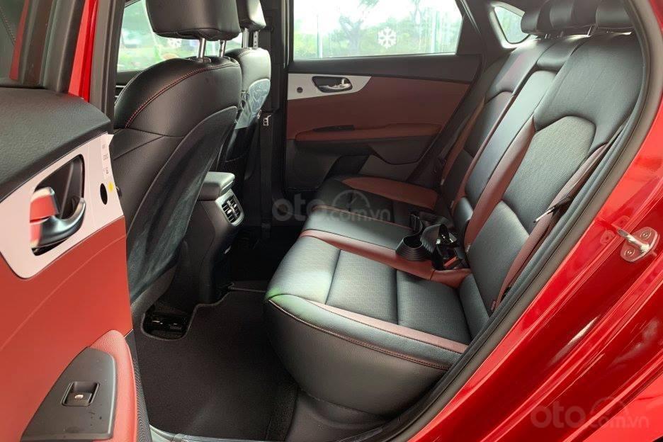 Kia Cerato 1.6 Deluxe trả trước 190tr + Giảm sốc tiền mặt+ tặng bảo dưỡng free 10.000km + Phụ kiện, LH 0933920564-6