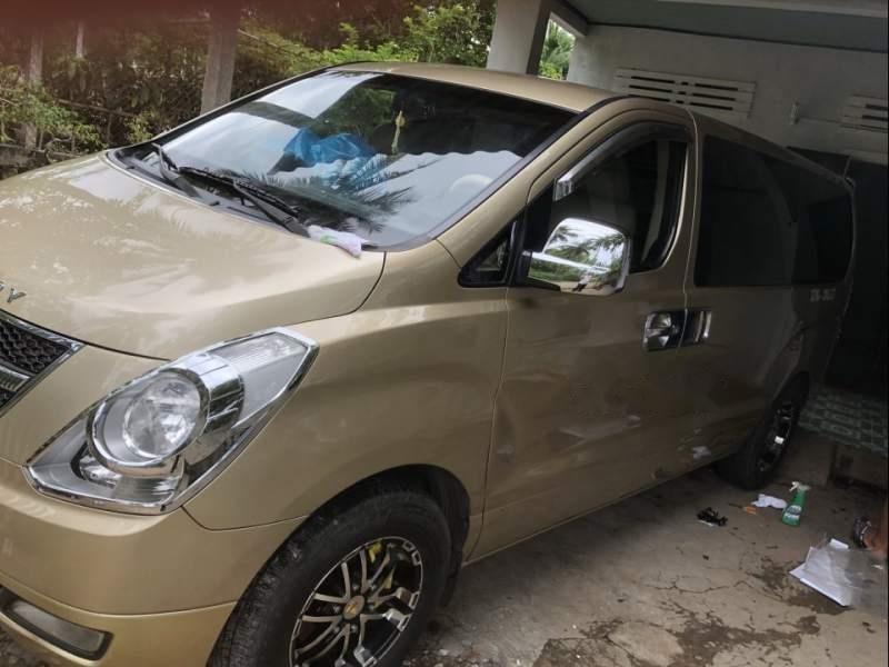Cần bán lại xe Hyundai Grand Starex đời 2008, xe nhập (3)