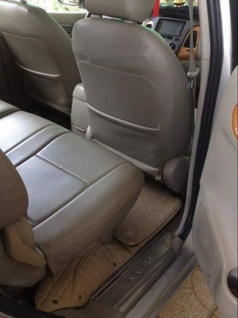Cần bán lại xe Toyota Innova năm sản xuất 2008, màu bạc (3)