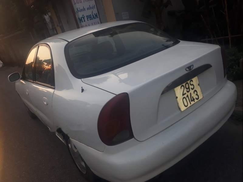Cần bán gấp Daewoo Lanos sản xuất năm 2002, màu trắng-4