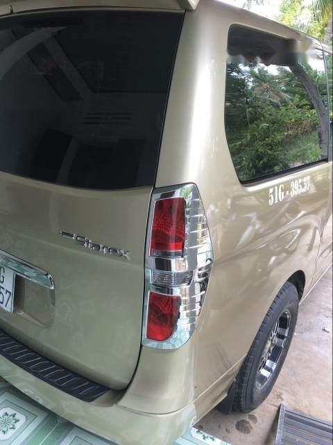 Cần bán lại xe Hyundai Grand Starex đời 2008, xe nhập (2)