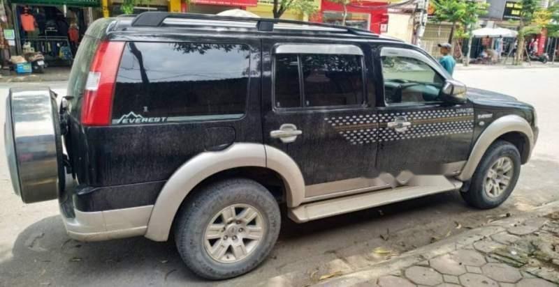 Bán xe Ford Everest đời 2009, màu đen, số tự động (1)