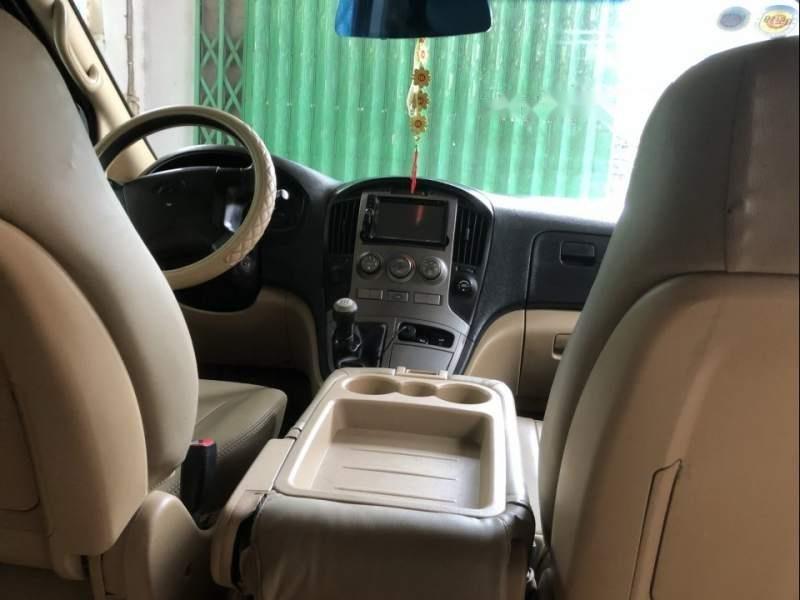 Cần bán lại xe Hyundai Grand Starex đời 2008, xe nhập (6)