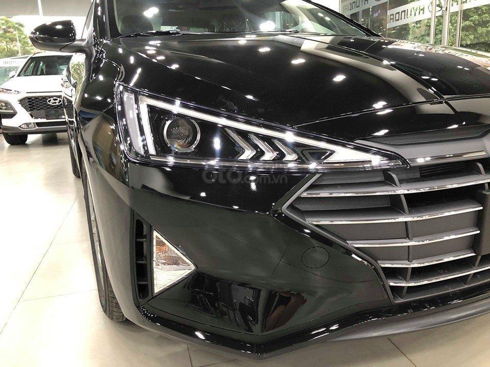 Bán Hyundai Elantra 1.6 2019 - đủ màu, tặng 10-15 triệu - Nhiều ưu đãi - LH: 0964898932 (5)