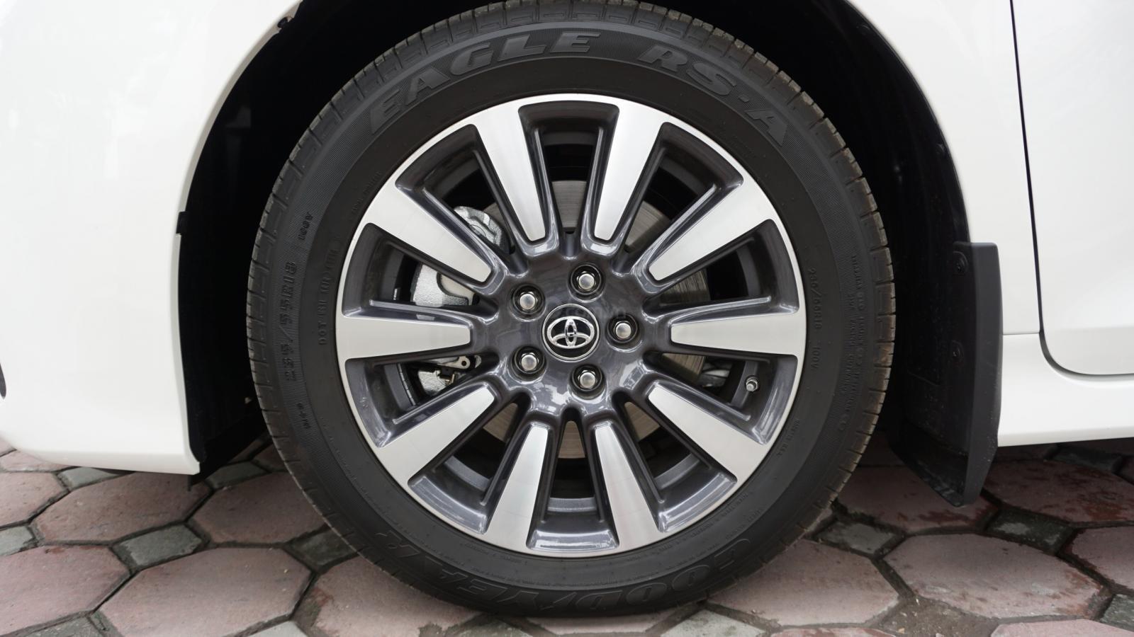 Bán xe Toyota Sienna Le Limited sản xuất 2018, nhập Mỹ - LH 0945392468-7