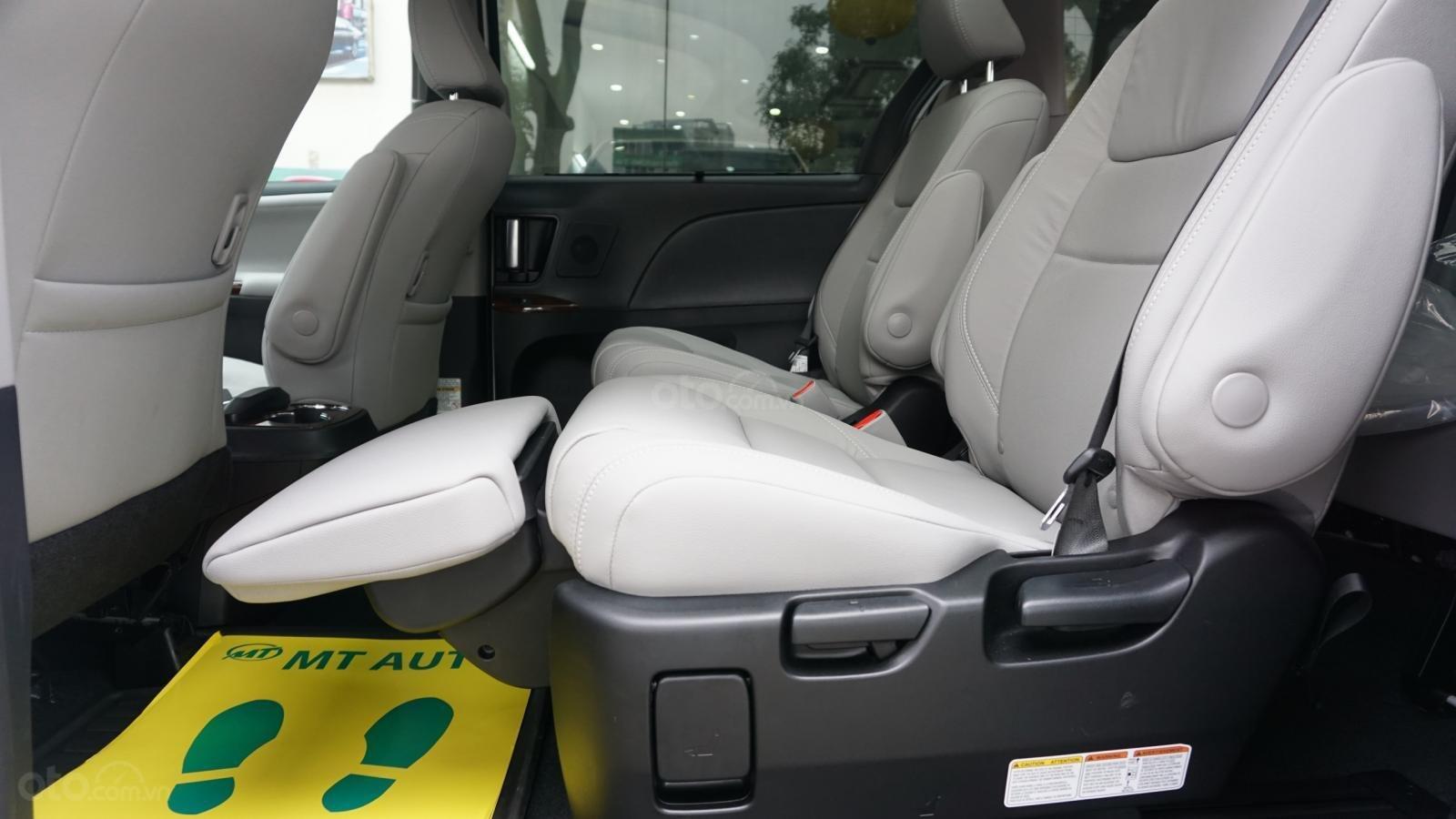 Bán xe Toyota Sienna Le Limited sản xuất 2018, nhập Mỹ - LH 0945392468-21