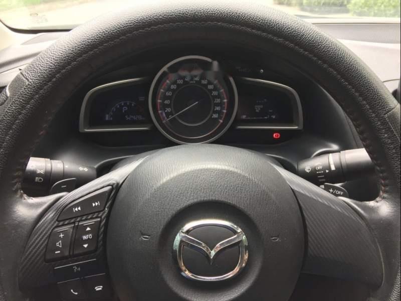 Gia đình bán Mazda 3 đời 2016, màu trắng-3
