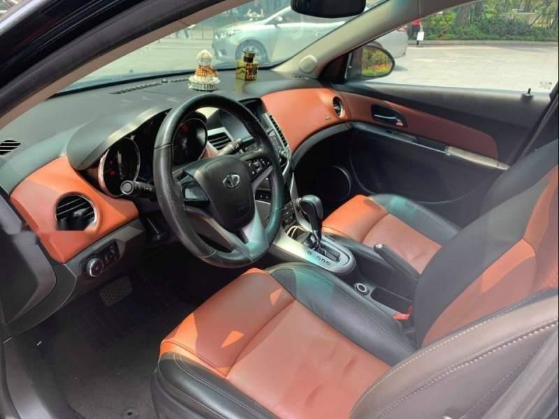 Cần bán gấp Daewoo Lacetti CDX  1.6 AT 2010, màu đen xe gia đình (5)