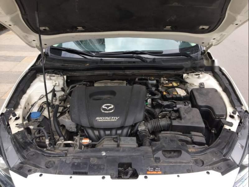 Gia đình bán Mazda 3 đời 2016, màu trắng-4
