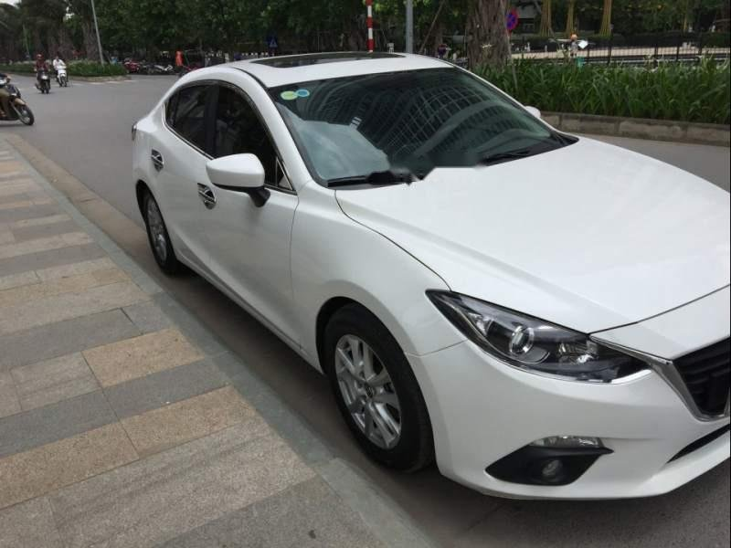 Gia đình bán Mazda 3 đời 2016, màu trắng-0