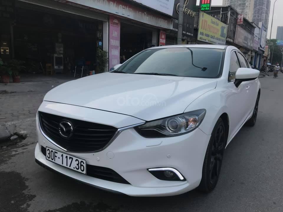 Bán ô tô Mazda 6 2.5 năm 2015, màu trắng-2