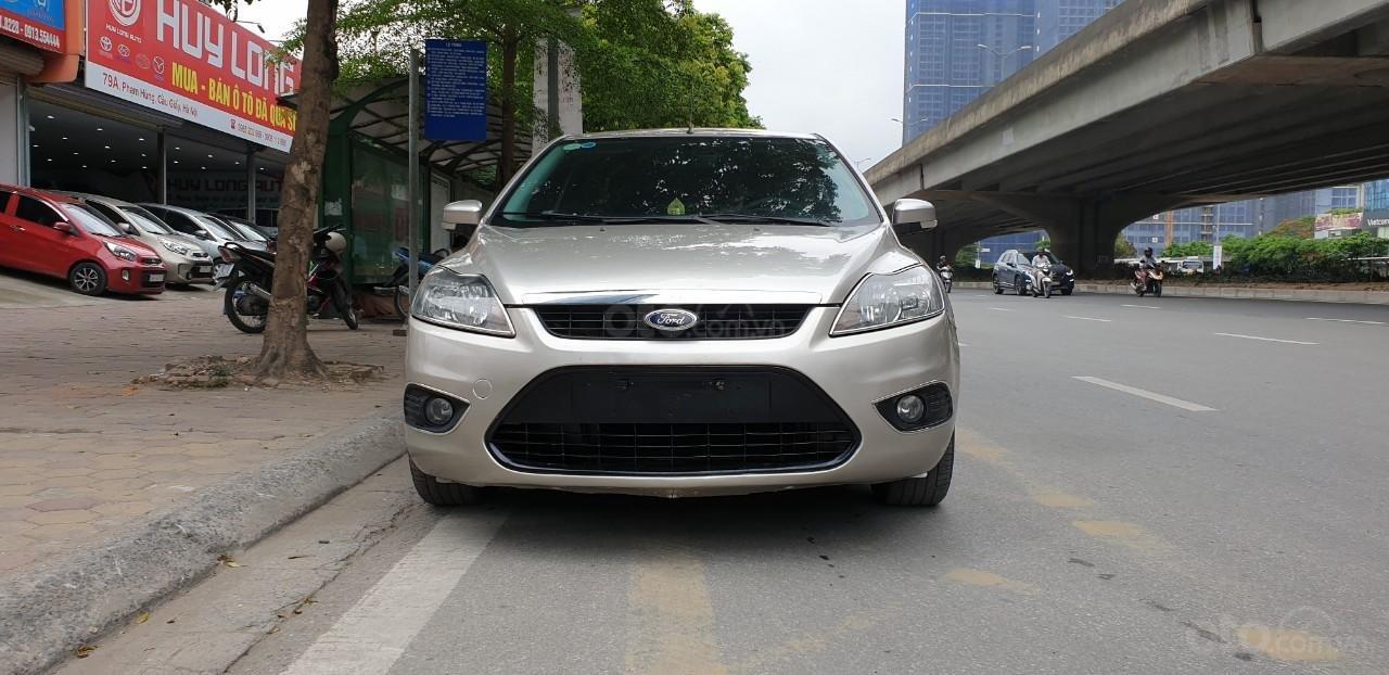 [Tín Thành auto] Ford Focus 2.0 Năm 2010, trả góp lãi xuất siêu thấp. Liên hệ: Mr. Vũ Văn Huy: 097.171.8228 (1)