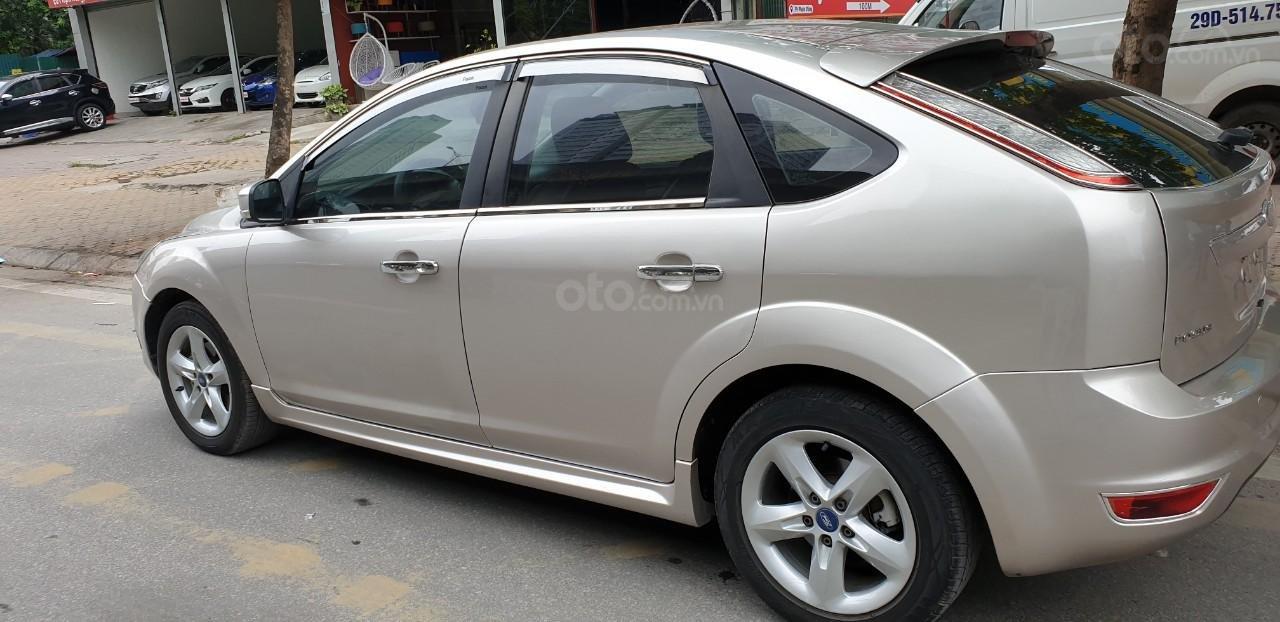 [Tín Thành auto] Ford Focus 2.0 Năm 2010, trả góp lãi xuất siêu thấp. Liên hệ: Mr. Vũ Văn Huy: 097.171.8228 (7)