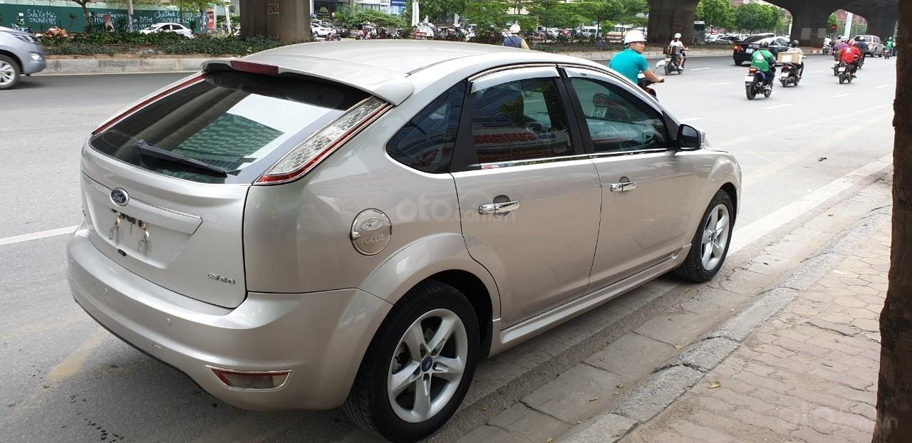 [Tín Thành auto] Ford Focus 2.0 Năm 2010, trả góp lãi xuất siêu thấp. Liên hệ: Mr. Vũ Văn Huy: 097.171.8228 (2)