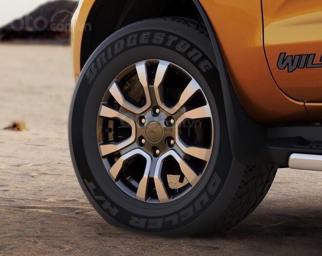 Ford Phạm Văn Đồng bán Ford Ranger Wildtrak 2.0 Bitubor 2019 đủ màu, bao giá toàn quốc, giao ngay - LH 0965423558 (10)