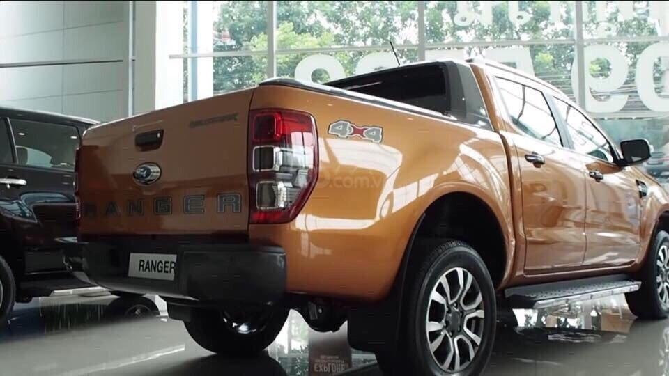 Ford Phạm Văn Đồng bán Ford Ranger Wildtrak 2.0 Bitubor 2019 đủ màu, bao giá toàn quốc, giao ngay - LH 0965423558 (19)