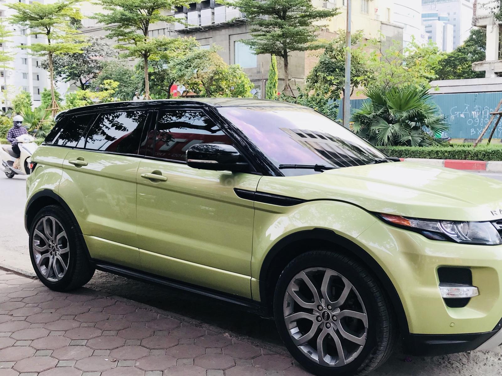 Cần bán xe LandRover Evoque sản xuất 2012 màu xanh (2)