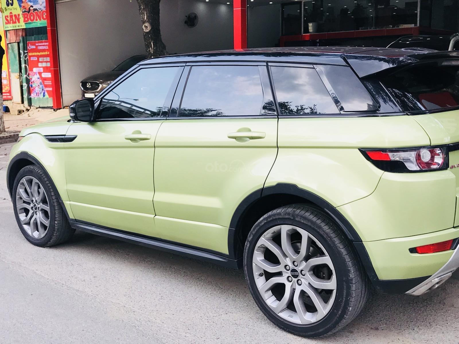 Cần bán xe LandRover Evoque sản xuất 2012 màu xanh (4)