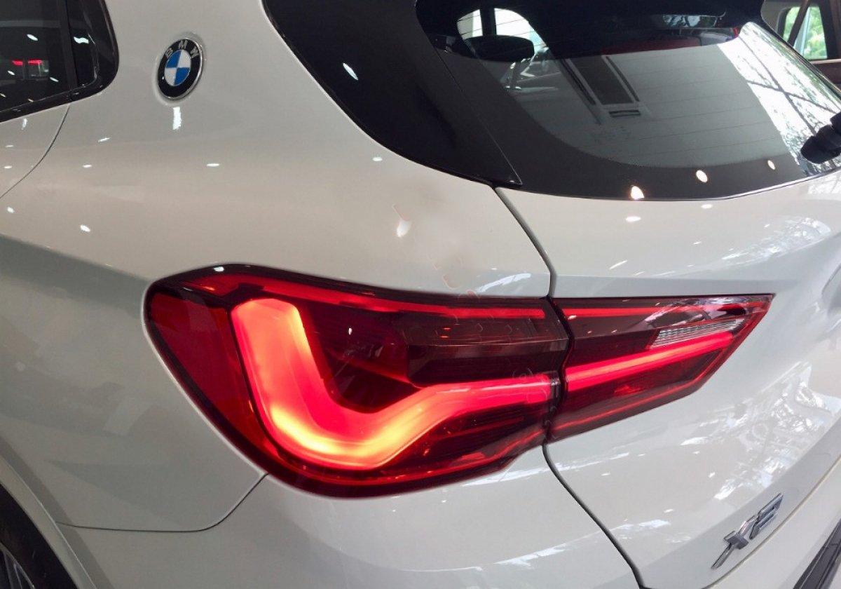 Đánh giáBMW X2 sDrive18i 2019 về thiết kế đuôi xe: Đèn hậu.