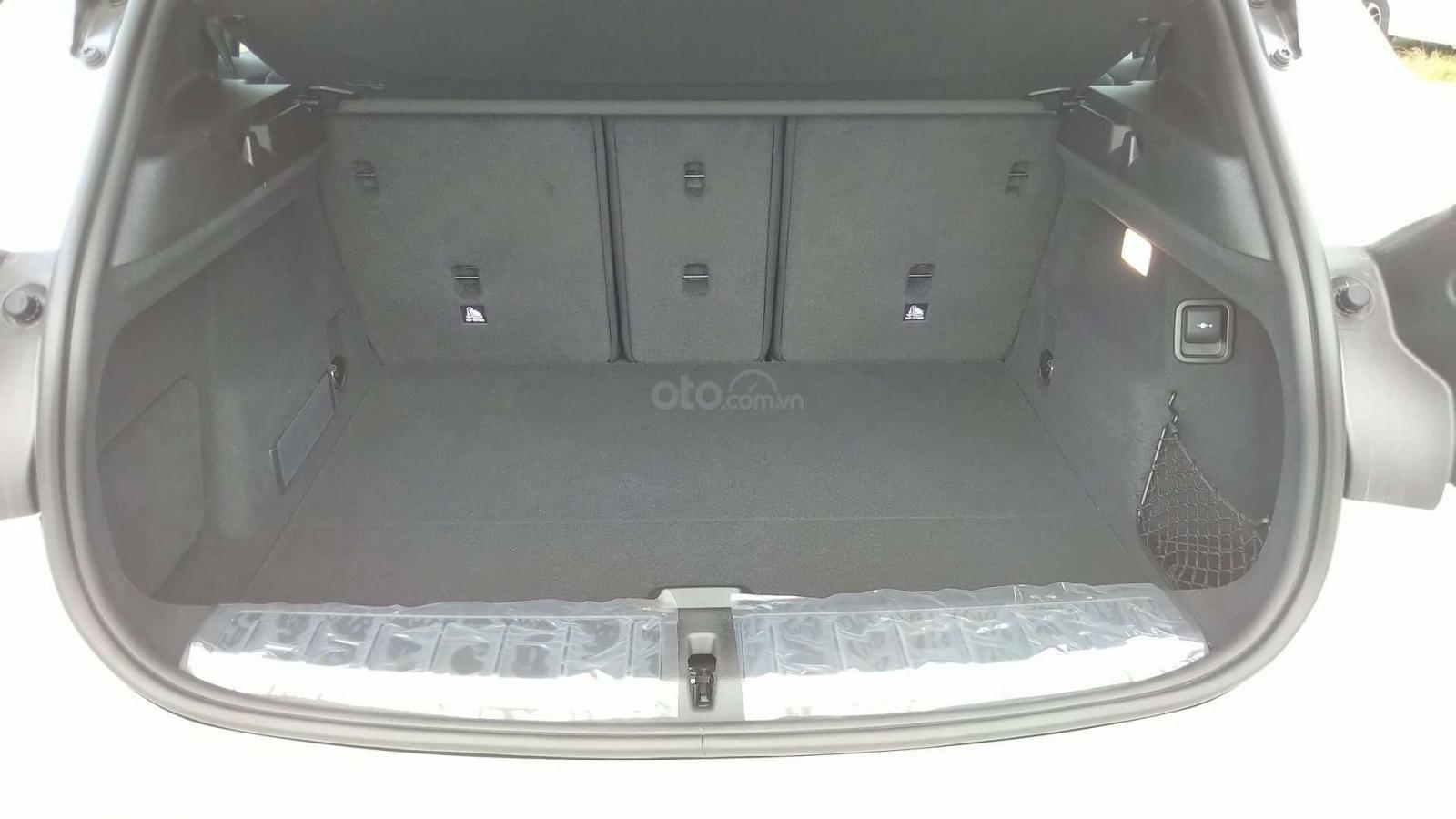 Đánh giá xe BMW X2 sDrive18i 2019 về khaong hành lý - Ảnh 1.