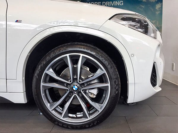 Đánh giá BMW X2 sDrive18i 2019 về thiết kế thân xe: Mâm xe.