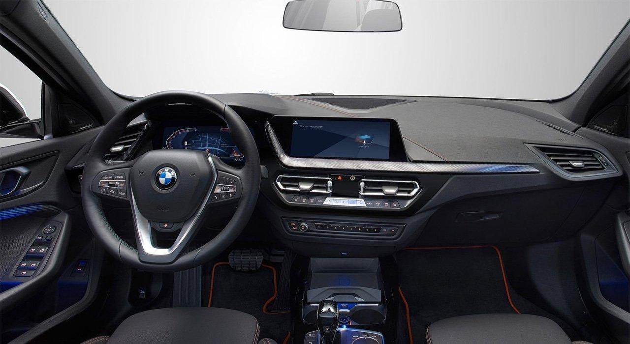 So sánh BMW 1-Series 2020 mới và cũ 5a.