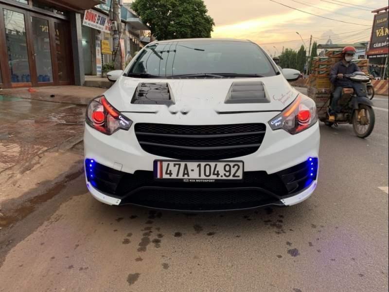 Cần bán Kia K3 AT năm 2015, màu trắng, xe đẹp (5)