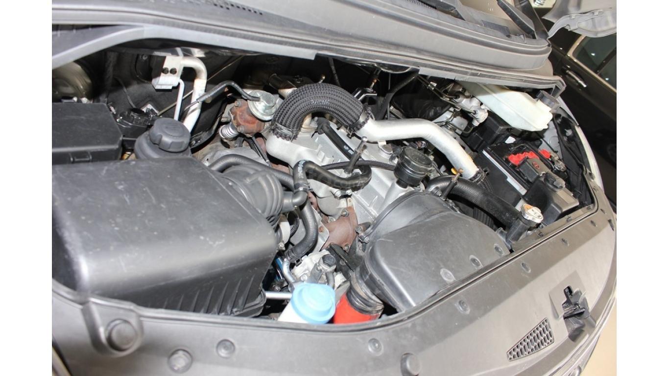 HCM: Bán Hyundai Starex 2014 9 chỗ, màu bạc, xe nhập (13)