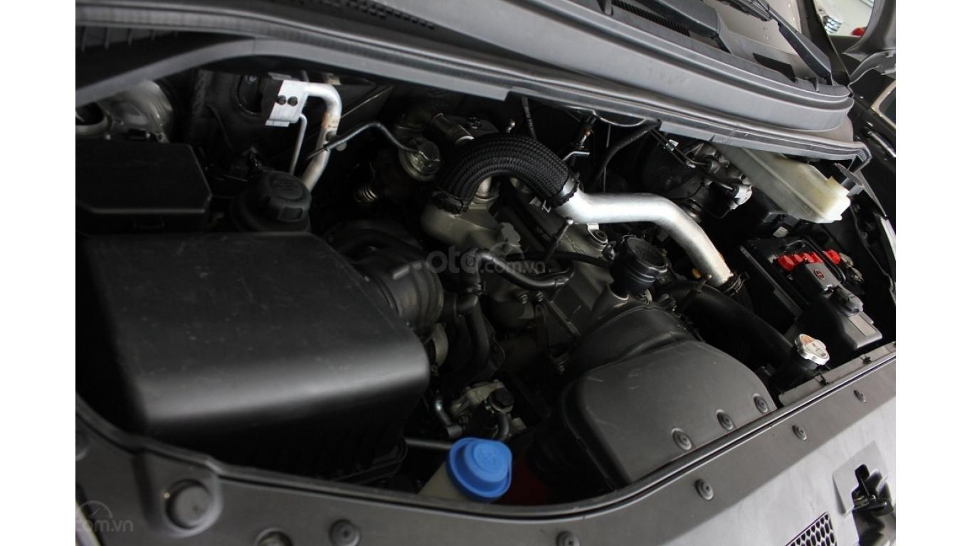HCM: Bán Hyundai Starex 2014 9 chỗ, màu bạc, xe nhập (14)