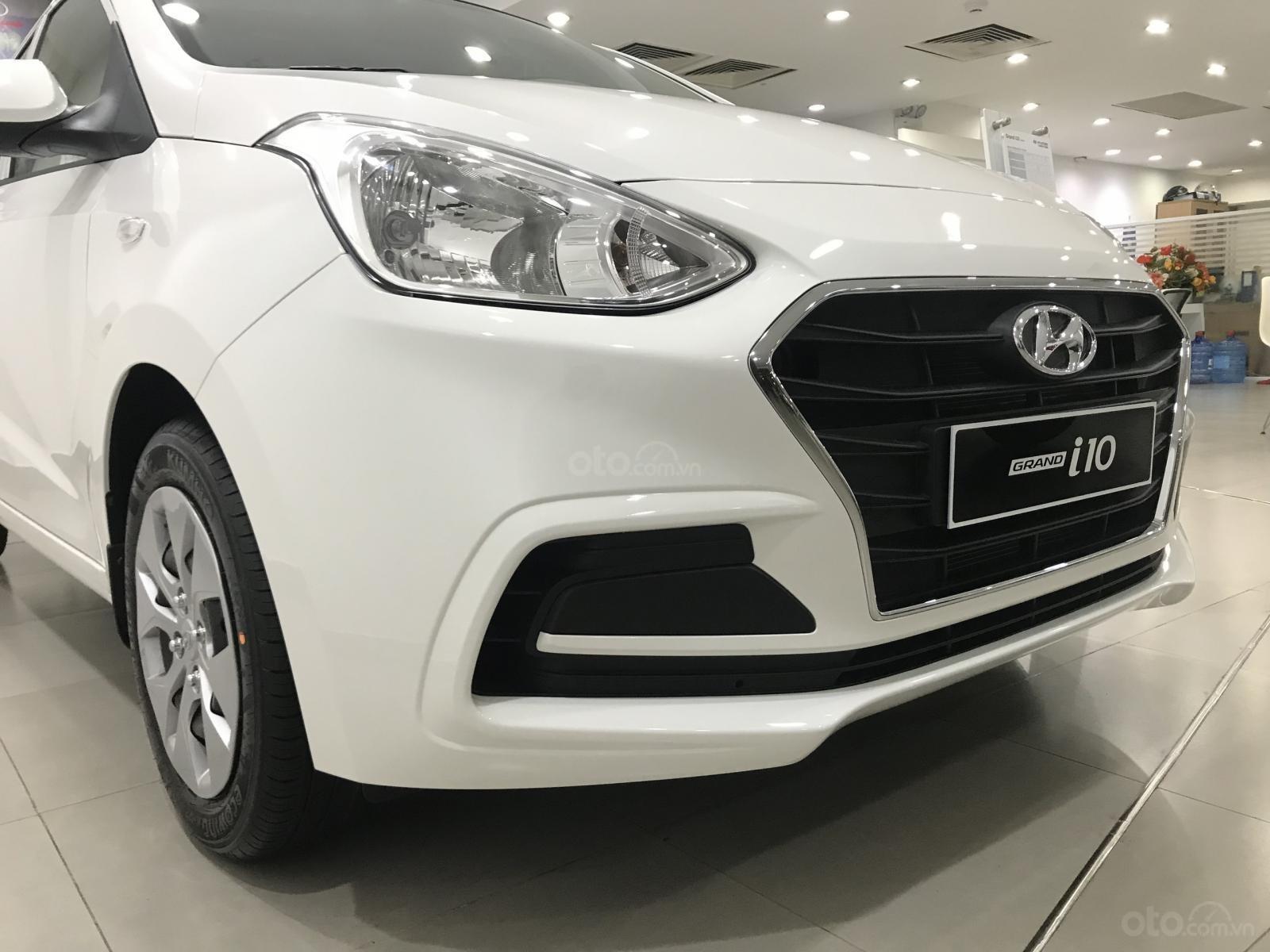 Khuyến mãi cực sốc dành cho Hyundai I10 Sedan Base (2)