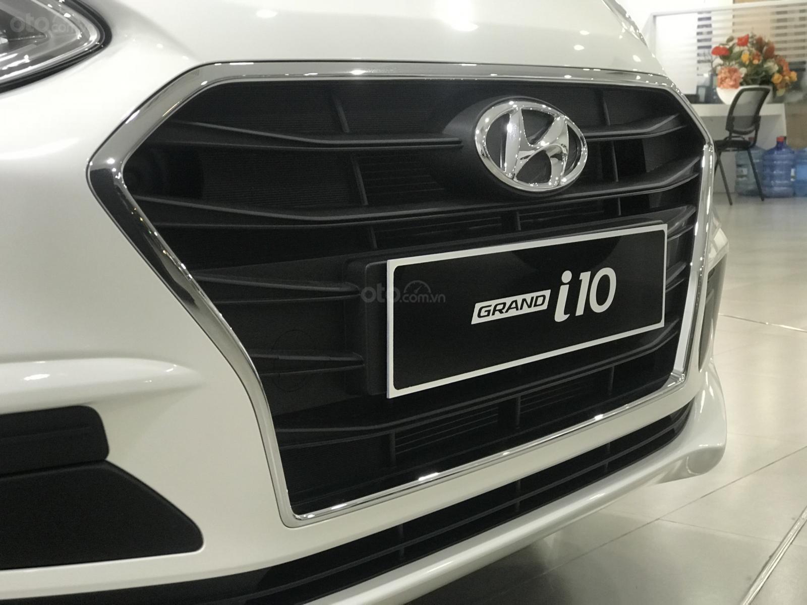 Khuyến mãi cực sốc dành cho Hyundai I10 Sedan Base (5)