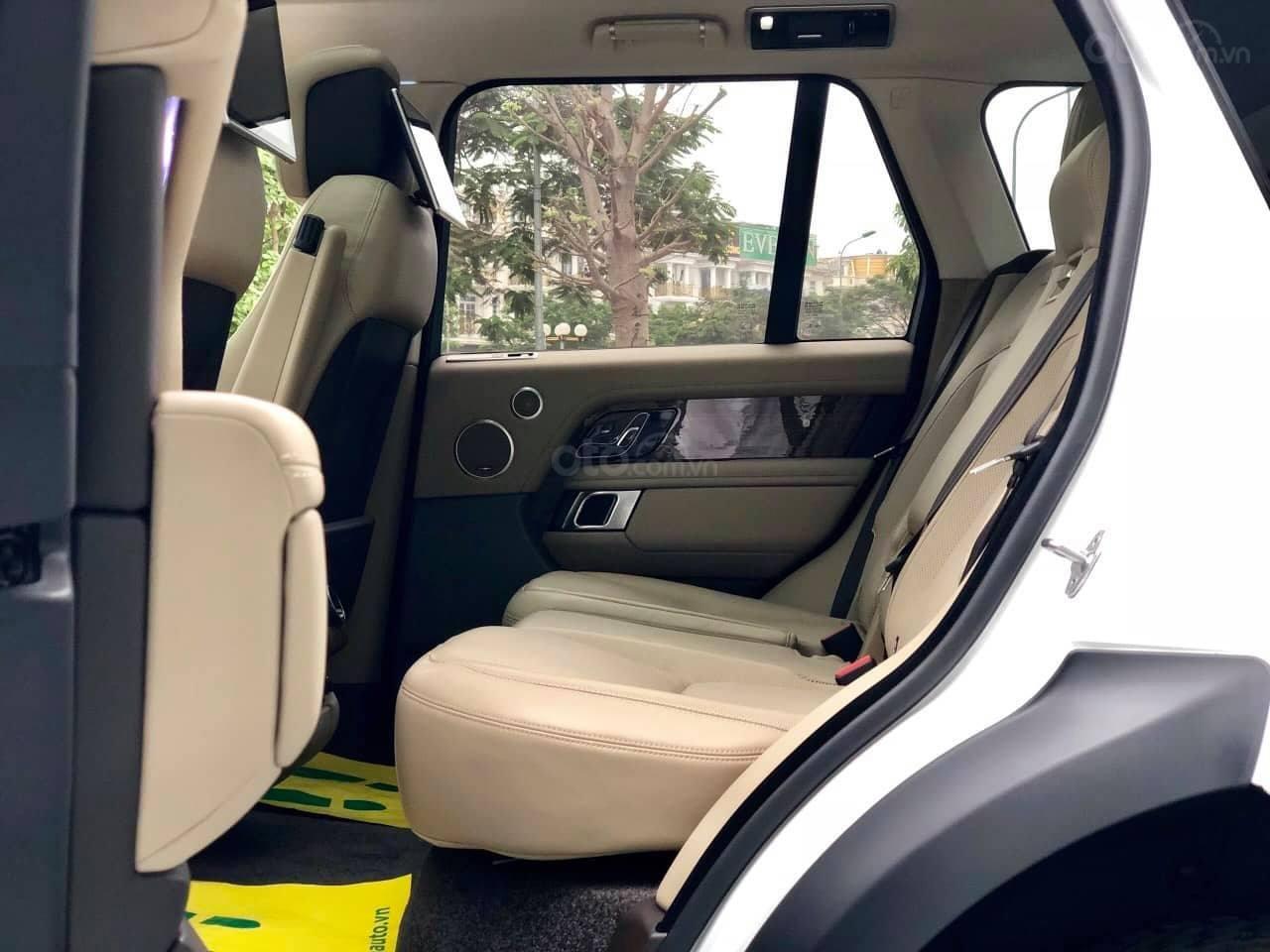 Bán ô tô LandRover Range Rover HSE đời 2018, màu trắng, nhập khẩu nguyên chiếc, LH 0905098888 - 0982.84.2838 (4)
