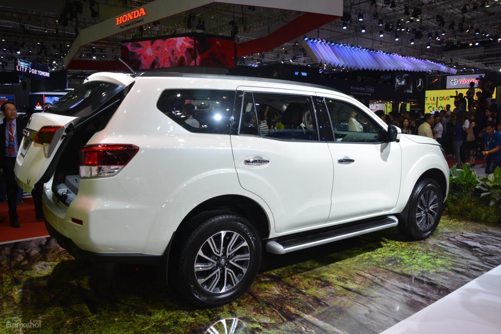Ảnh Nissan Terra 2019 tại Việt Nam a4
