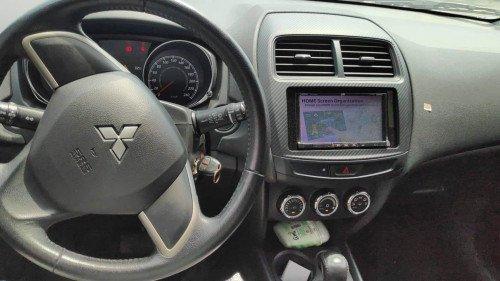 Bán xe Mitsubishi Outlander Sport 2.0 AT năm sản xuất 2014, màu bạc như mới (8)
