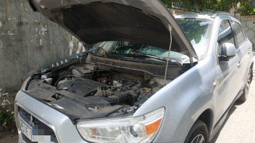 Bán xe Mitsubishi Outlander Sport 2.0 AT năm sản xuất 2014, màu bạc như mới (1)