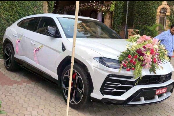 Ngắm dàn xe hoa toàn siêu xe cực đỉnh tại một đám cưới ở Ấn Độ a2