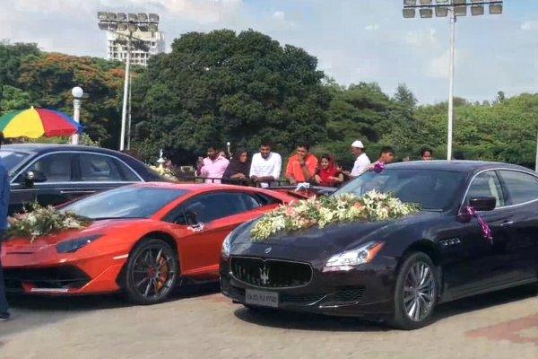 Ngắm dàn xe hoa toàn siêu xe cực đỉnh tại một đám cưới ở Ấn Độ a4