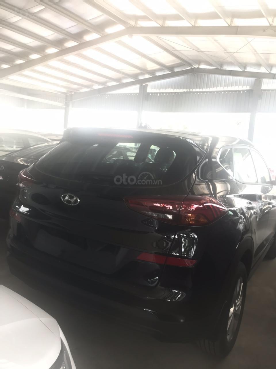 Hyundai Tucson 2019, khuyến mại phụ kiện 15tr, thẻ dịch vụ 20tr, trả góp 80%, giao xe ngay, liên hệ để ép giá 0977308699-6