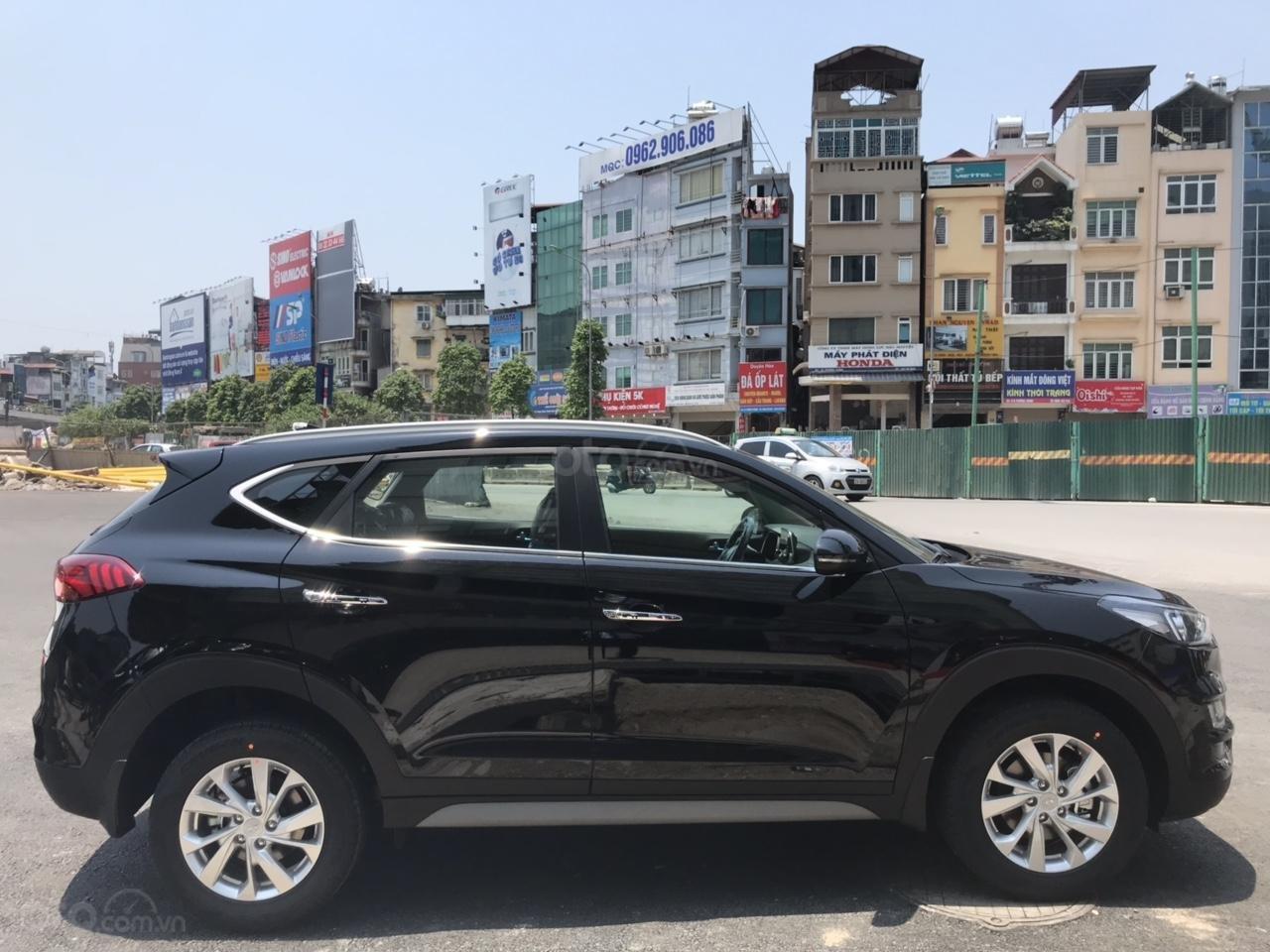 Hyundai Tucson 2019, khuyến mại phụ kiện 15tr, thẻ dịch vụ 20tr, trả góp 80%, giao xe ngay, liên hệ để ép giá 0977308699-1